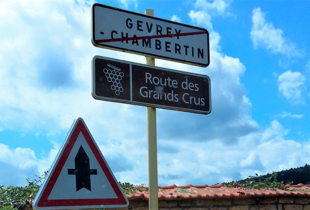 O risco na placa indica o fim geográfico da cidade