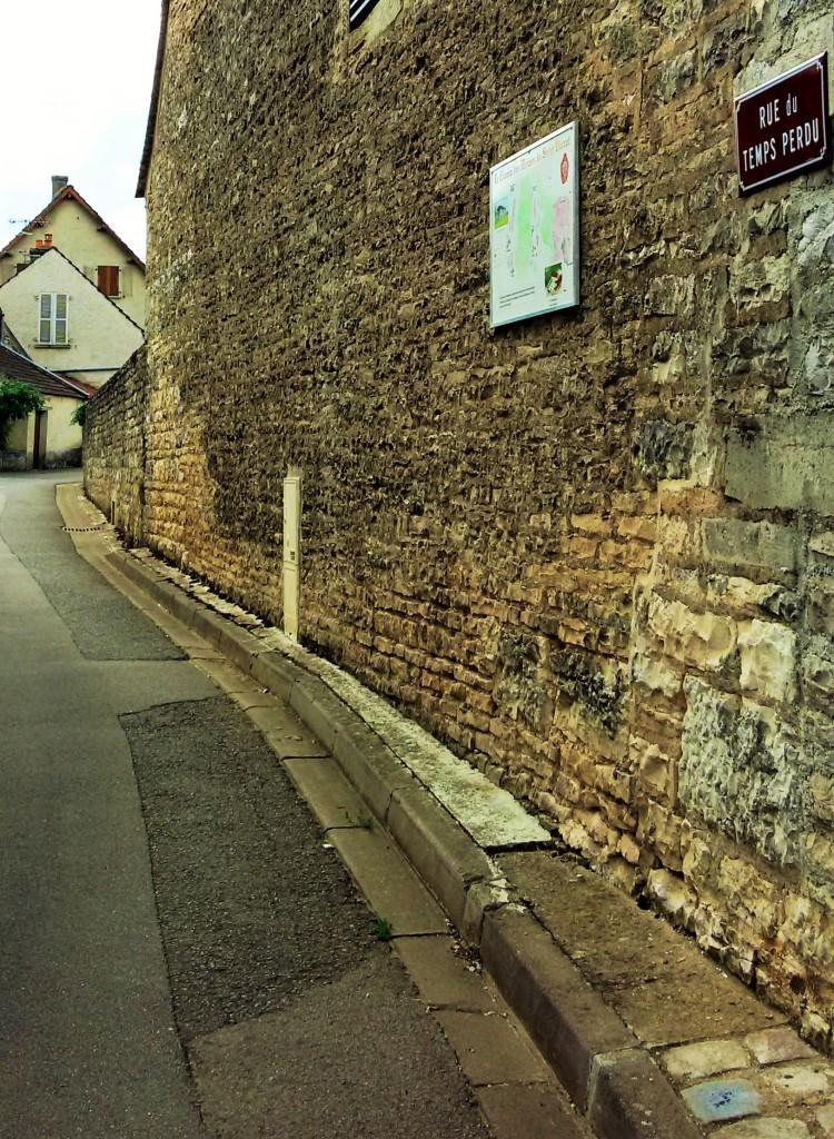 A estreita Rue du Temps Perdu