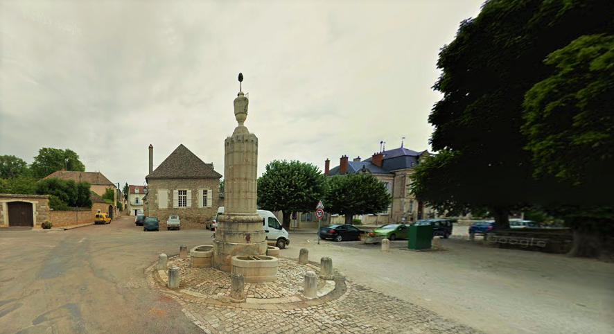 O chafariz de Pommard, onde, agora, é possível beber água