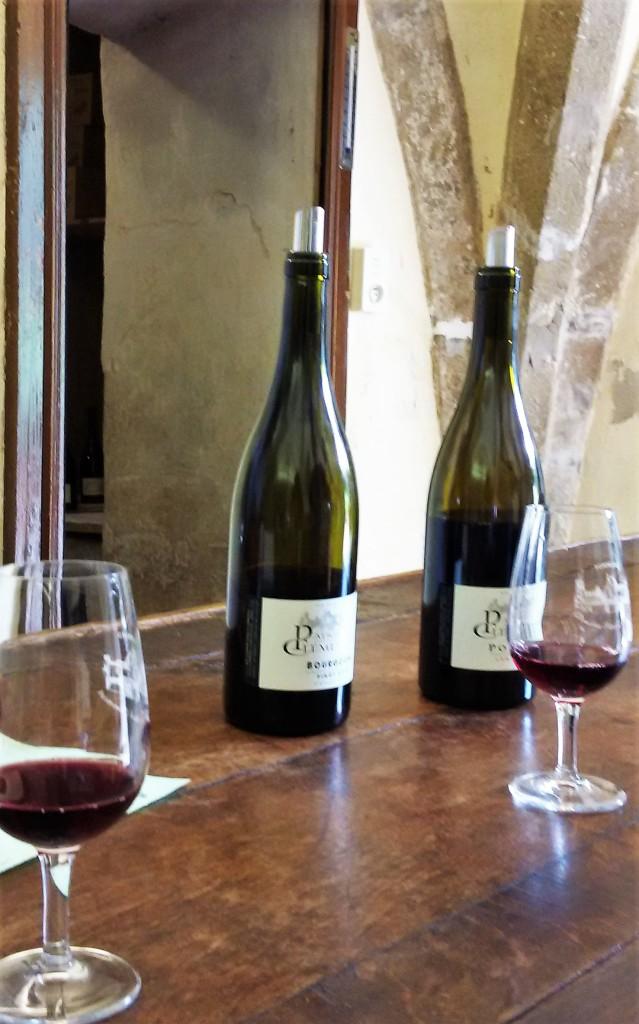 Vinhos degustados no balcão do 'domaine'