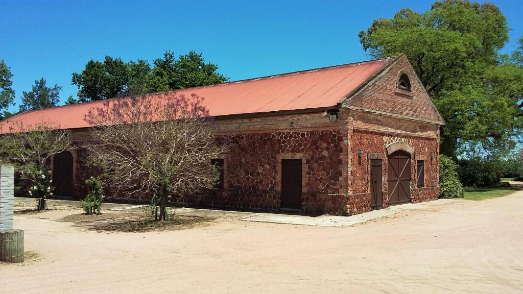 Um dos casarões construídos no século XVIII pelos jesuítas, que criavam gado e cavalos na propriedade