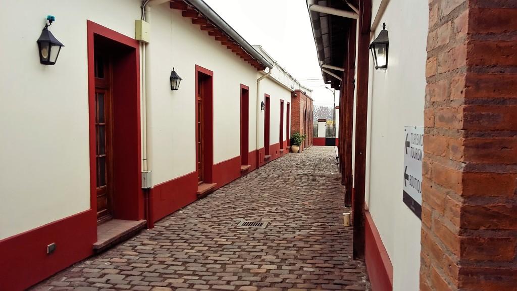 Alta Vista: construção histórica de 1899 tem aspecto bucólico que lembra uma pequena vila de casas