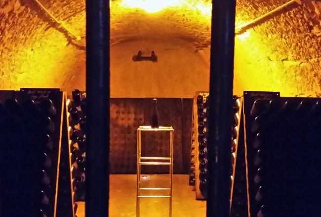 Vimos uma das garrafas que, após 200 anos no Mar Báltico, ainda contém excelente champanhe