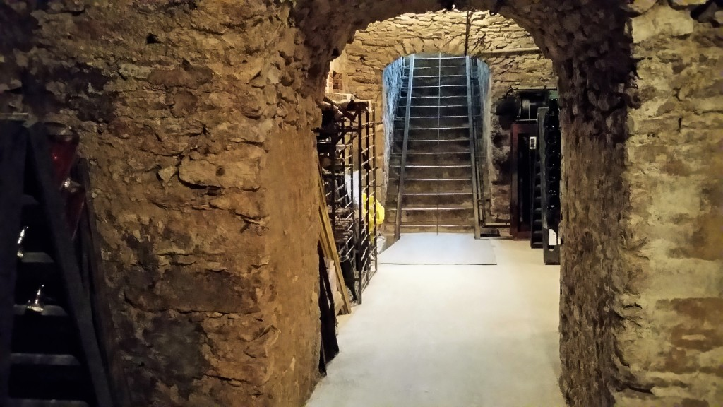 bouquin-cave-2