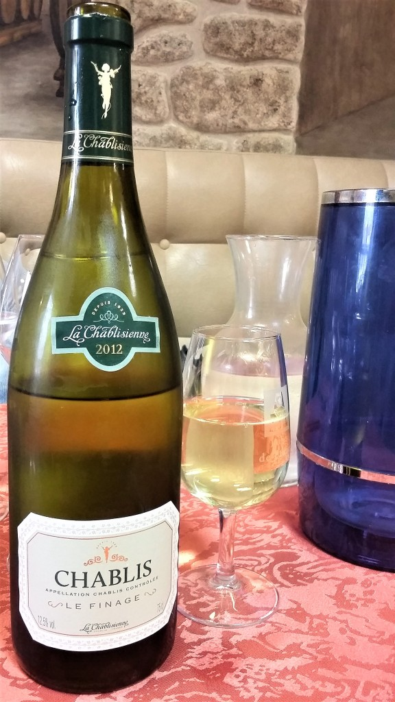 vertus-restaurante-vinho-chablis