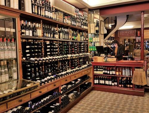Degustação dirigida e às cegas na Cave Legrand descortina o mundo do vinho francês