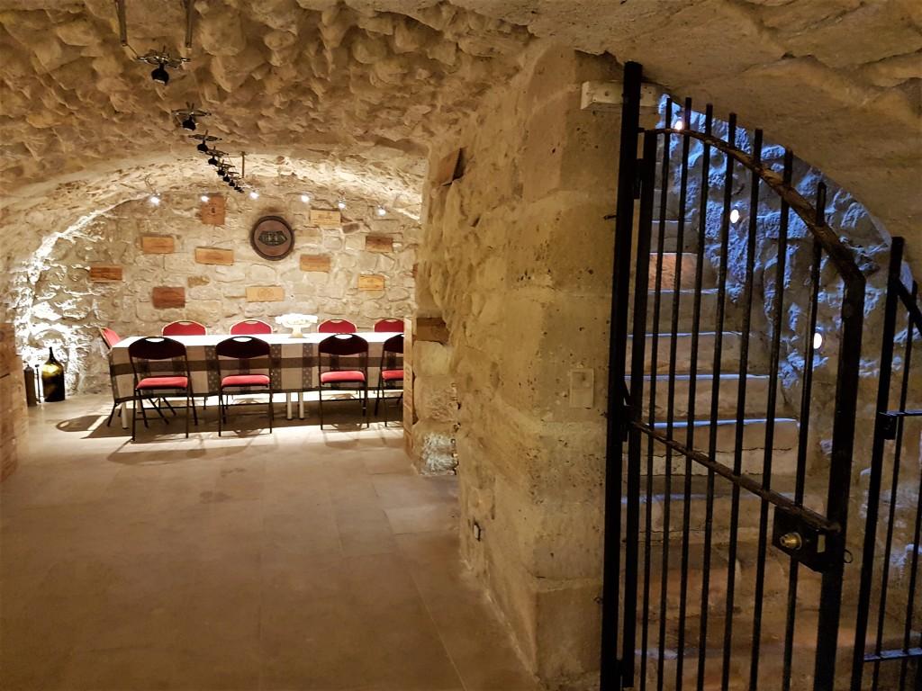 Vinis - cave 1