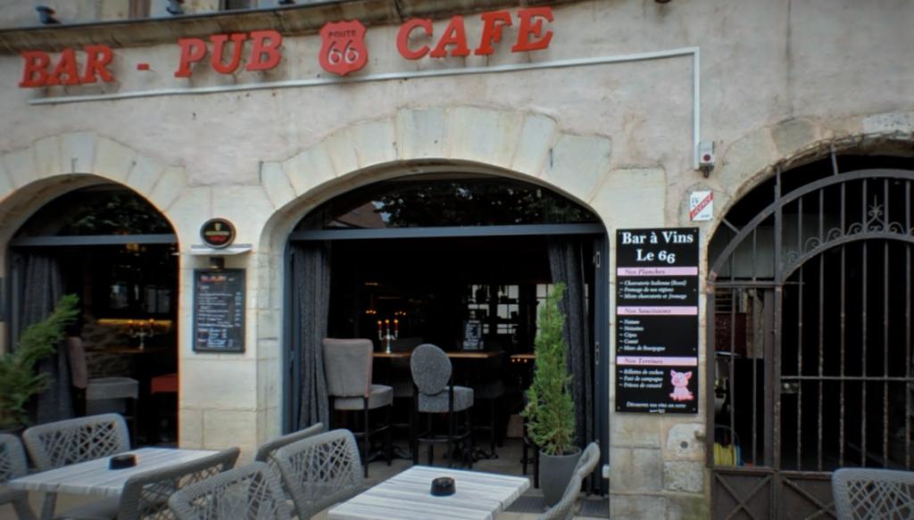 Bar de vinhos com muitas possibilidades de degustação