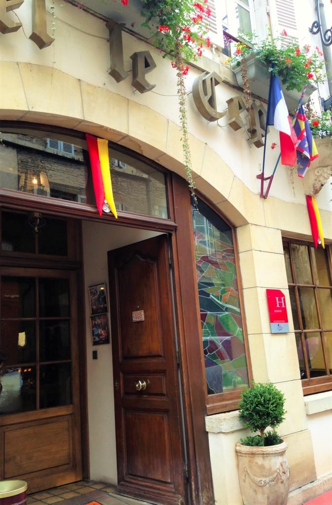 Entrada do Hotel Le Cep