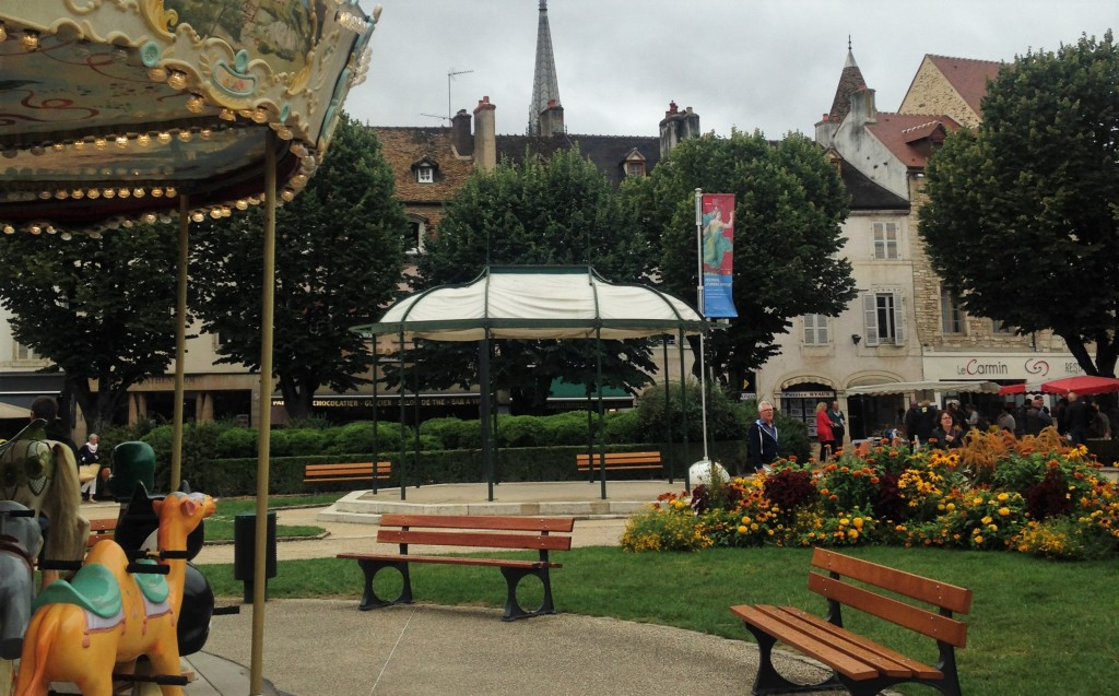 Place Carnot, no centro da cidade medieval de Beaune
