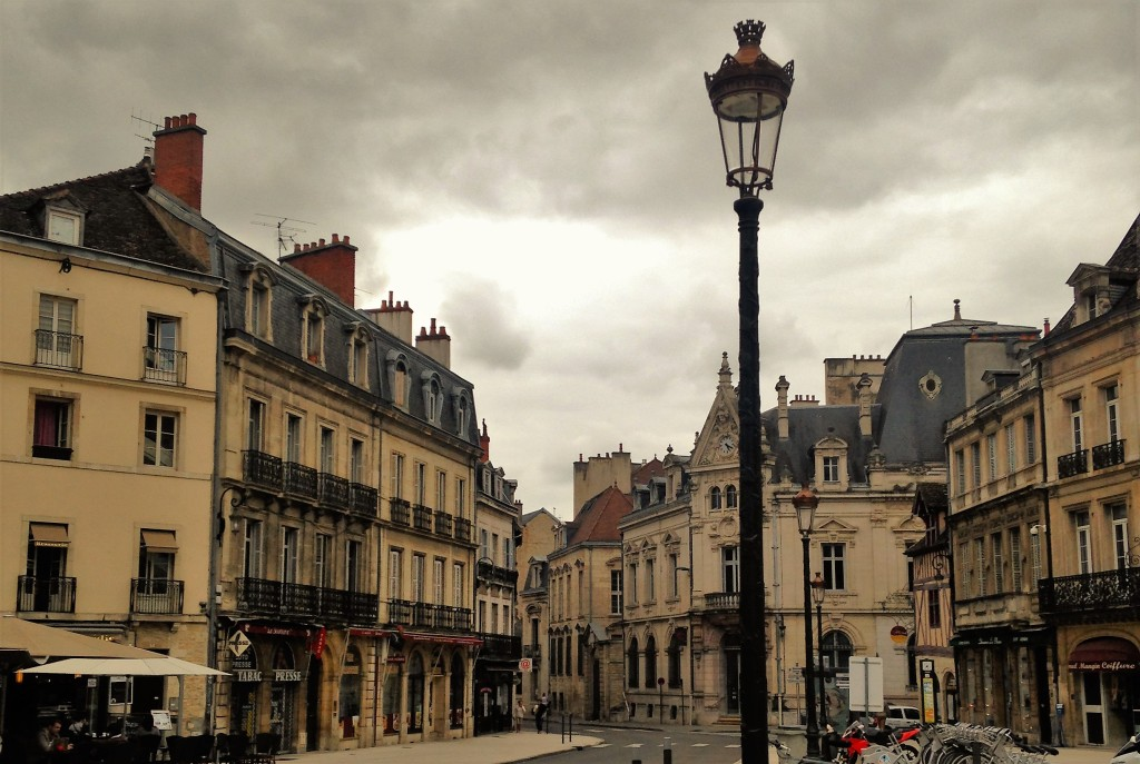 Rua de Dijon, cidade considerada a 'capital informal da região da Borgonha'