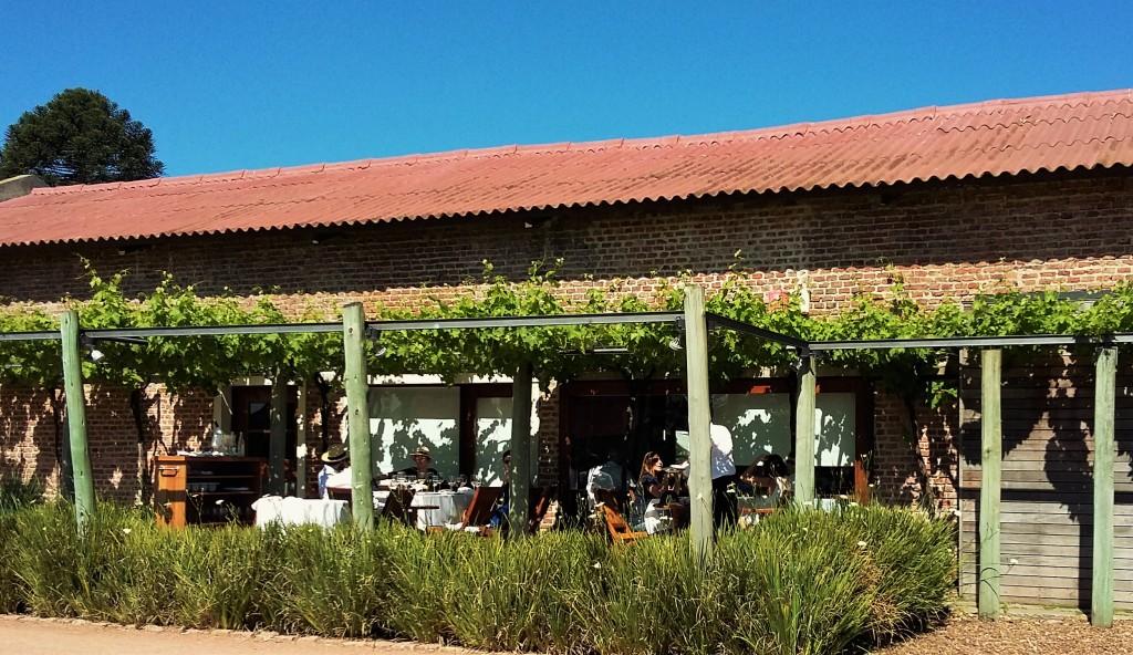 Visitantes também podem optar pelo terraço do restaurante