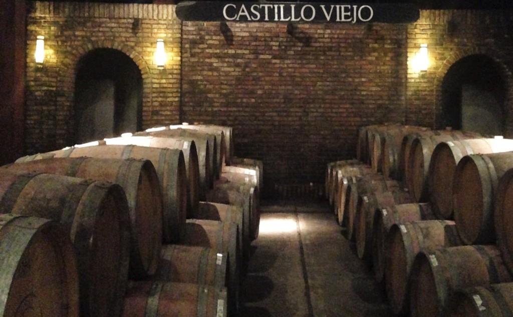 Castillo Viejo - barris na cave