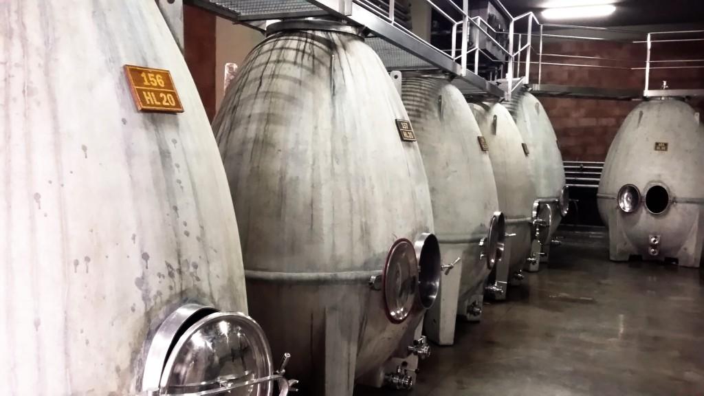 Tanques de fermentação em formato de ovo: formato biodinâmico possibilita que o líquido se misture sozinho