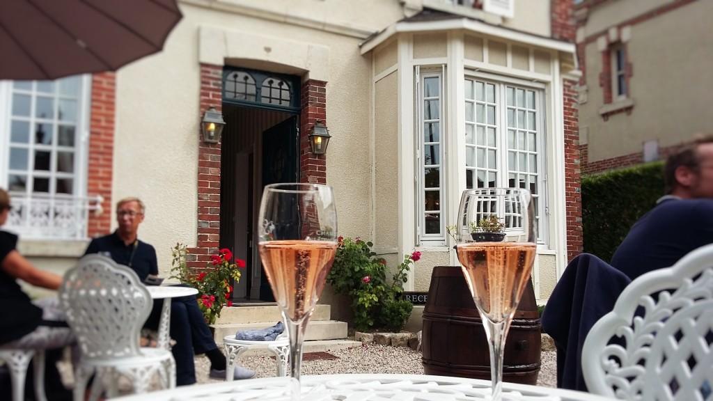 Na Av. de Champagne, produtores pouco conhecidos do público em geral também abrem suas casas para degustações