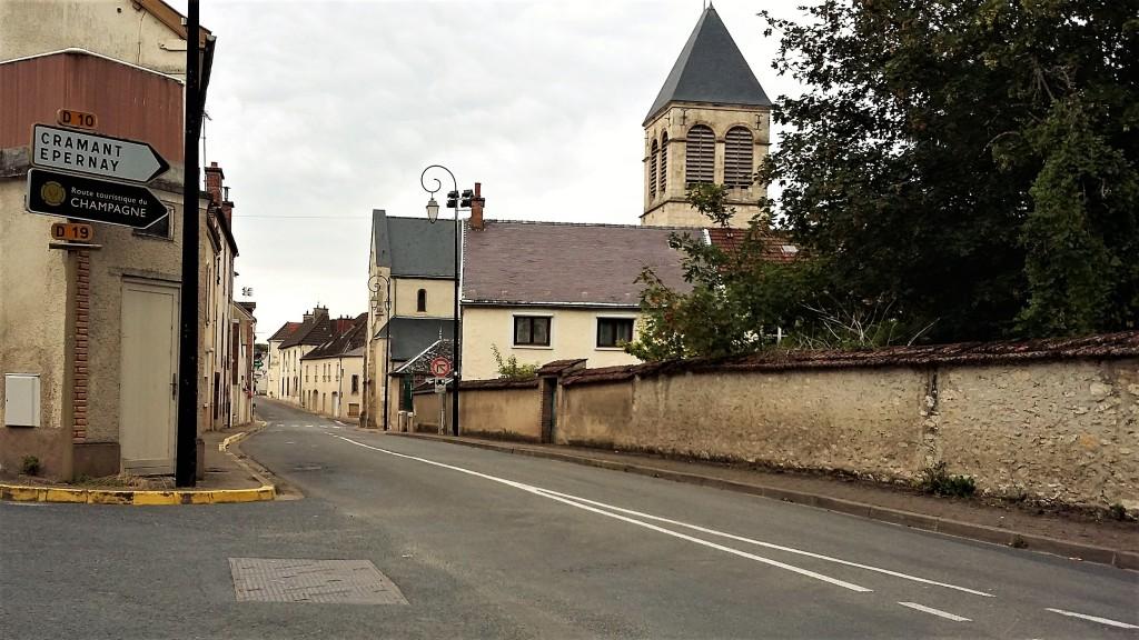 Trecho da 'Route Touristique du Champagne' entre Avize e Cramant, no caminho de volta para Epernay